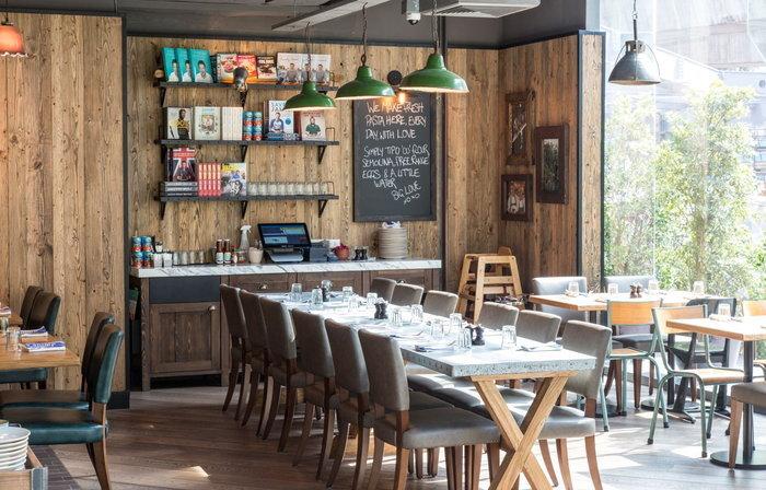 "Jamie's Italian ร้านอาหารสุดฮิตระดับ ""talk of the town"" ของ Jamie Oliver"