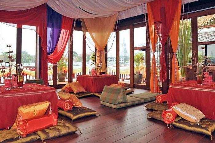 ที่พัก จักรพงษ์ วิลล่า (Chakrabongse Villas)