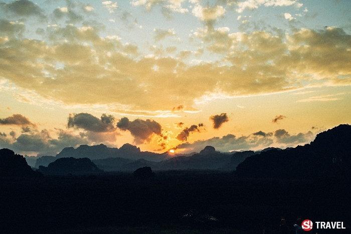 พระอาทิตย์ขึ้นที่ผานางคอย