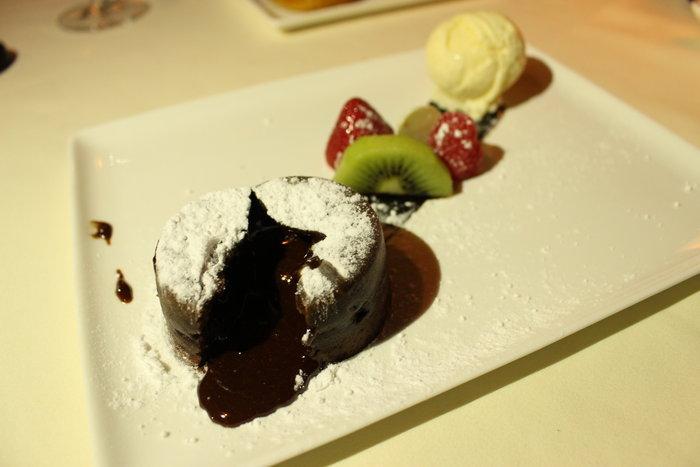 อร่อยกับร้านอาหารฝรั่งเศสใจกลางเมืองพร้อมเซ็ทเมนูที่โรงแรม VIE