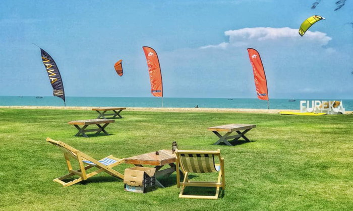 เปิดโลเคชั่นลับ Eureka Beach Cafe Huahin บรรยากาศสุดฟินริมทะเล
