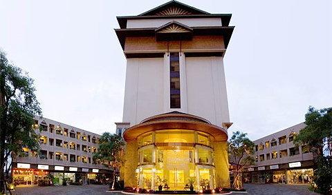 โรงแรมมณีนาราคร เชียงใหม่