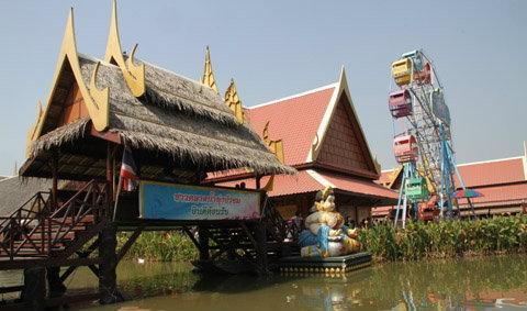 ชม ชิม ชอป ตลาดน้ำทุ่งบัวชม เมืองกรุงเก่า อยุธยา