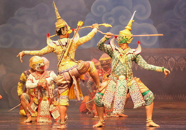 """สุดยอดการแสดงศิลปวัฒนธรรมไทย อลังการยิ่งใหญ่ในงาน """"ใต้ร่มพระบารมี 233 ปี กรุงรัตนโกสินทร์"""""""