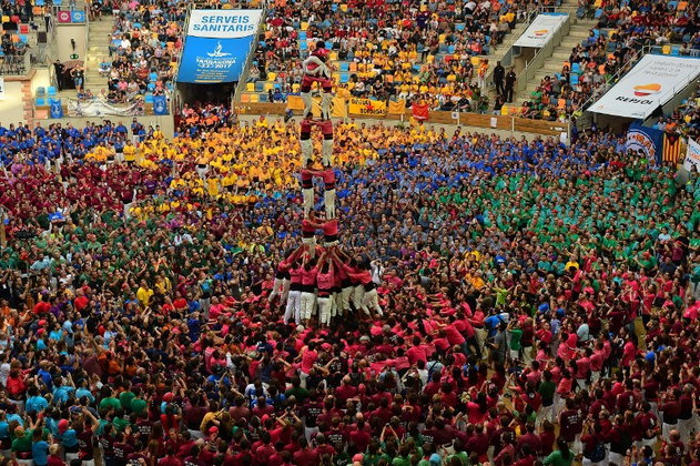 Castel การต่อหอคอยมนุษย์สุดอลังการ ในประเทศสเปน