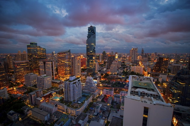 ตึกมหานคร ล้มทุกสถิติ..ตึกสูงระฟ้าที่สุดในประเทศไทย!!