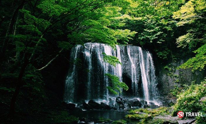 """น้ำตกมหัศจรรย์แห่งเมือง Fukushima """"Tatsusawa Fudo Waterfall"""""""