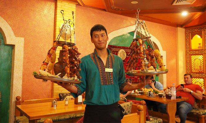 สายเนื้อต้องร้องขอ อร่อยหลายในคาซัคสถาน…เนื้อม้า เนื้อแกะ จัดไป