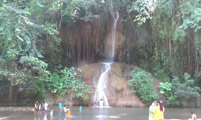 """เปิดประสบการณ์ใหม่แห่งการท่องเที่ยว """"น้ำตกภูซาง"""" น้ำตกอุ่นแห่งเดียวของไทย"""