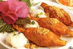 บ้านบารมี ชวนชิมเมนูอาหารไทย-เวียดนาม