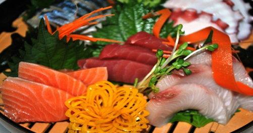 ซูชิสายพานญี่ปุ่น ถูกและอร่อย