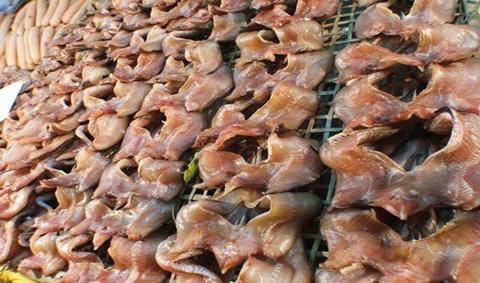 งานเทศกาลกินปลาและของดีเมืองสิงห์บุรี