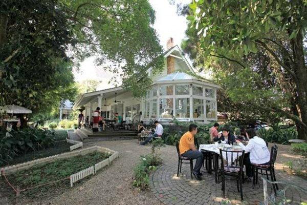 CHIVIT THAMMA DA COFFEE HOUSE กาแฟ (ธรรมดา) ที่ไม่ธรรมดา
