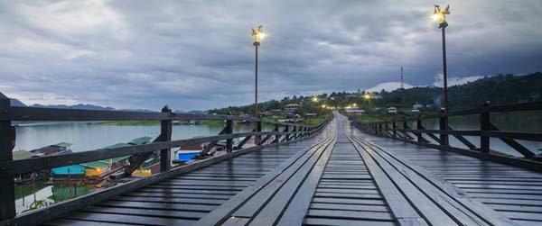 สะพานมอญ อ.สังขละบุรี สะพานไม้ที่ยาวที่สุดในประเทศไทย