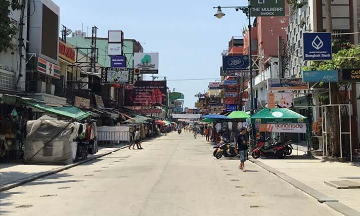 รวมภาพบรรยากาศวันสงกรานต์สุดเงียบเหงาจากทั่วเมืองไทย