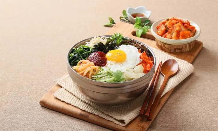 แจกสูตร ข้าวยำเกาหลี (บิบิมบับ) เมนูฮิตอร่อยง่าย ใครๆ ก็ทำได้ !