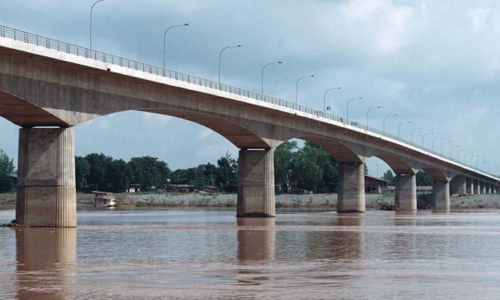 ปิดสะพานมิตรภาพไทย-ลาวแห่งที่ 1 ห้ามคนเข้าออก ป้องกันการแพร่ระบาดโควิด-19