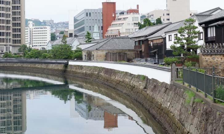รู้จักเกาะเดะจิมะ เกาะที่สร้างโดยมนุษย์ในสมัยเอโดะ ที่เมืองนางาซากิ