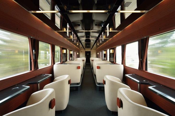fruitea-interior-seats