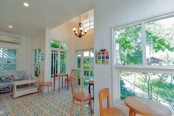 sweet-balcony-3