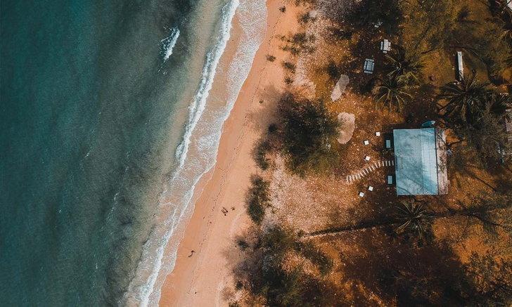 Million Beach คาเฟ่&บาร์ ติดทะเล แห่งใหม่บนเกาะกูด