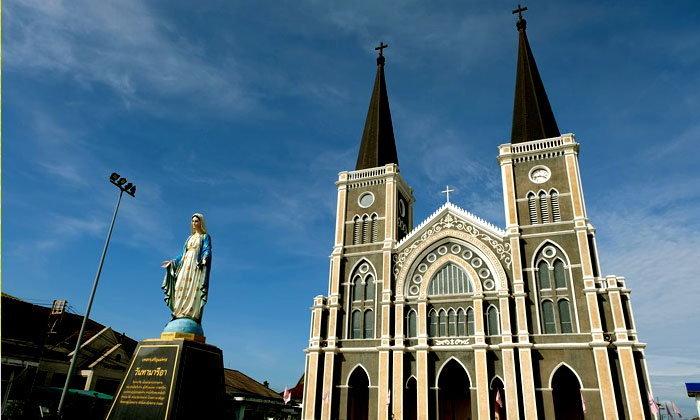 """""""โบสถ์วัดแม่พระปฏิสนธินิรมล"""" แลนด์มาร์คเมืองจันทบุรี"""