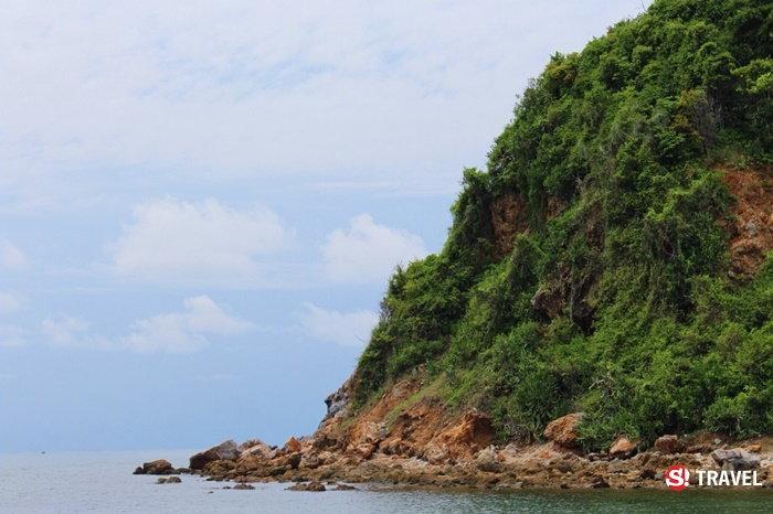 บริเวณหลังเกาะขาม