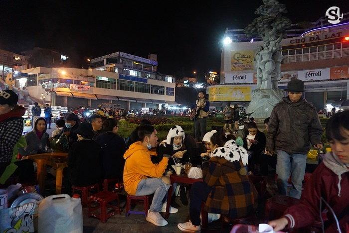 nightmarket5