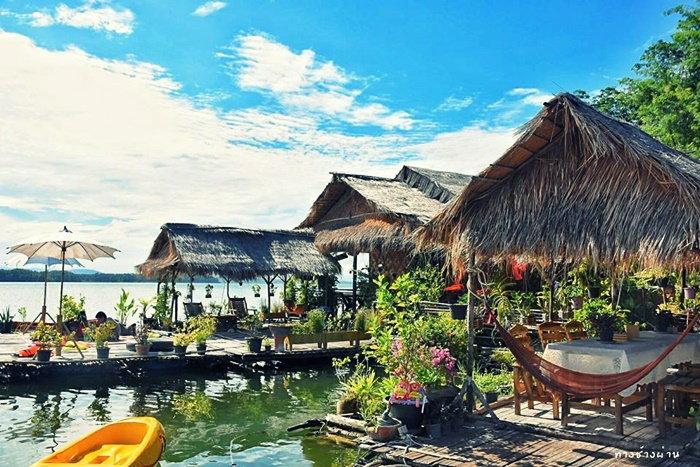 ที่พักกาญจนบุรี Sweet Home Floating House