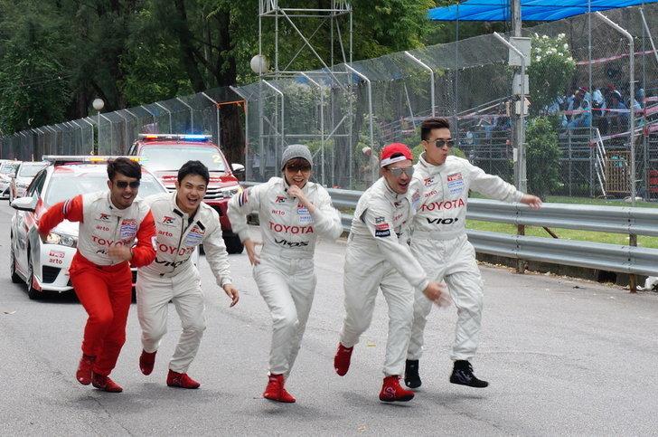 รีวิว ครั้งเดียวติดใจ!  Toyota Motorsport  สวนสนุกความเร็ว! คนรักสนุกต้องลอง!