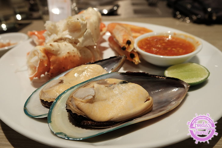 ยกกุ้งหอยปูปลามาทั้งทะเลกับบุฟเฟต์ซีฟู้ดสุดคุ้ม @The Square, Novotel Platinum Pratunam