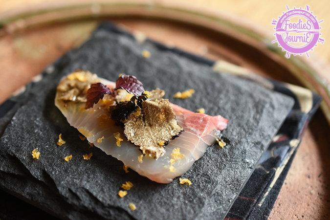 สุดยอด Omakase ที่จะทำให้คุณเคลิบเคลิ้มไปกับรสชาติซูชิที่ไม่ธรรมดาและตื่นตากับความคิดสร้างสรรค์ในทุกๆ คำ @Fillets