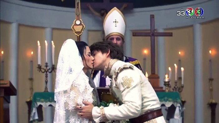 วัดพระคริสตประจักษ์ ฉากแต่งงานละครบุพเพสันนิวาส