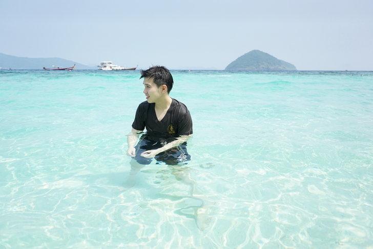 ดำน้ำ ดูปะการัง พายเรือและกินข้าวที่เกาะเฮบานาน่าบีช ภูเก็ต