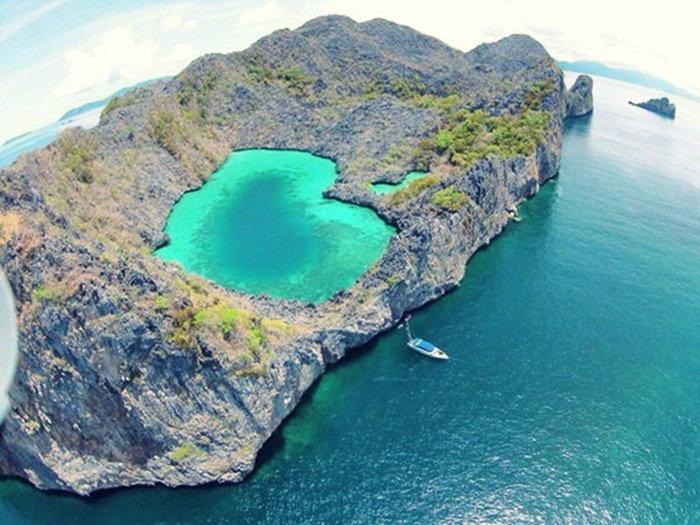เกาะ ค๊อกคอม เกาะหัวใจมรกต