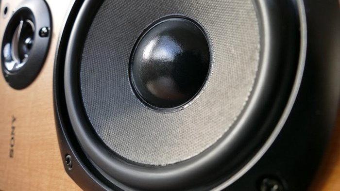 audio-1221152_960_720-696x392