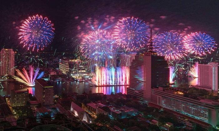 รวมภาพความประทับใจ พลุปีใหม่สุดอลังการ ณ ไอคอนสยาม
