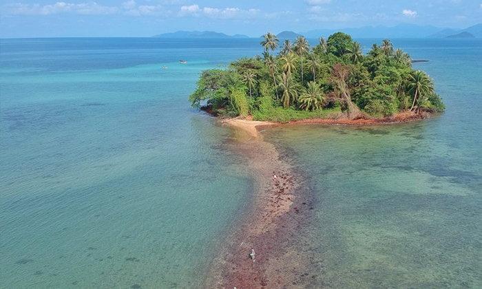 ทะเลแหวกเกาะกระดาด อันซีนที่เที่ยวใหม่กลางทะเลอ่าวไทย