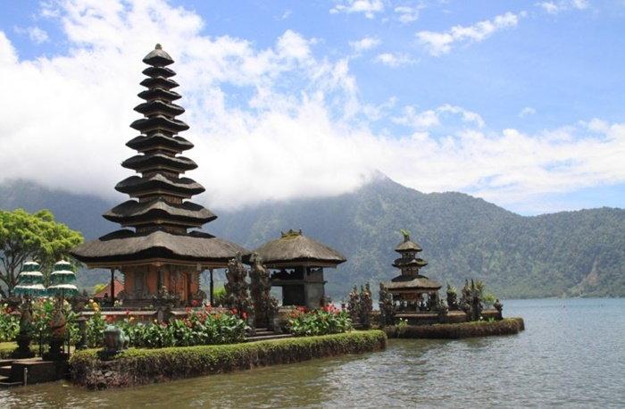 pagoda-3240169_1280-768x502