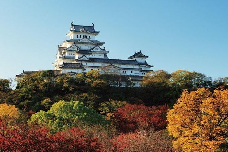 5-castle-in-autumn4
