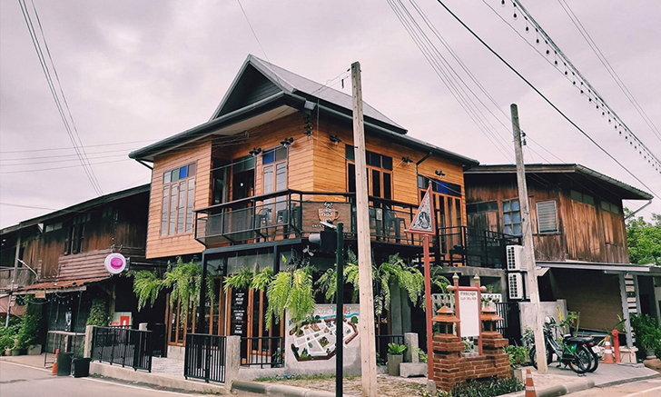 Café de PhraeRis เลอกองเก่า ร้านกาแฟมีสไตล์เมืองแพร่
