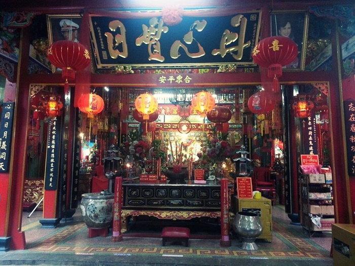 วันตรุษจีน ศาลเจ้าพ่อกวนอู