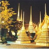 วัดพระเชตุพนวิมลมังคลาราม ราชวรมหาวิหาร (วัดโพธิ์) กรุงเทพฯ ประเทศไทย