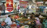 ตลาดน้ำลำพญา แหล่งรวมของอร่อยนครปฐม