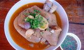 พิสูจน์ความอร่อยขาหมูยูนนาน หมู่บ้านสันติชล