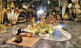 """ถ้ำลอดมหาจักรพรรดิ์ """"วัดหลวงพี่แซม"""" เนรมิตถ้ำศักดิ์สิทธิ์จากฝีมือมนุษย์"""