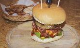 รีวิว AMP Burger ลายแทงลับ ร้านเบอร์เกอร์โฮมเมดที่อร่อยที่สุดในย่านสามเสน!!!
