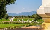 รีวิวโรงแรมสุโขทัยเทรเชอร์ ต้นแบบโรงแรมสีเขียวที่ใช้พลังงานแสงอาทิตย์ท่ามกลางธรรมชาติอันร่มรื่น