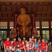 ครอบครัวคุณ Apple Oliver วัดกังหัน ประเทศฮ่องกง