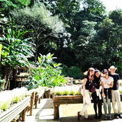 ครอบครัวคุณ Sahattaya Chinsomboon พระตำหนักดอยตุง อำเภอแม่ฟ้าหลวง จังหวัดเชียงราย